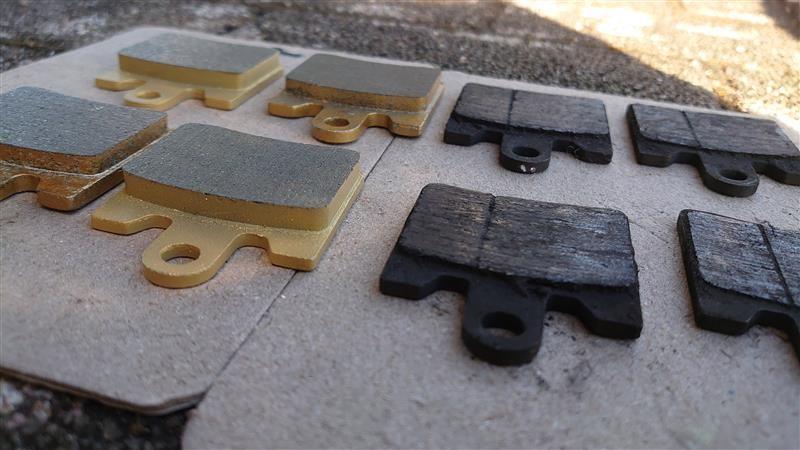 銅繊維入りブレーキパッド交換