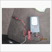 新しいバッテリー充電器