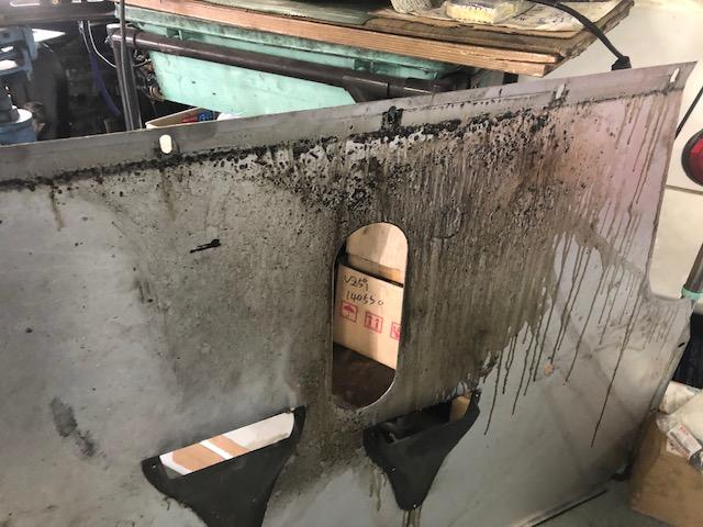オイル漏れは根気がいりますね