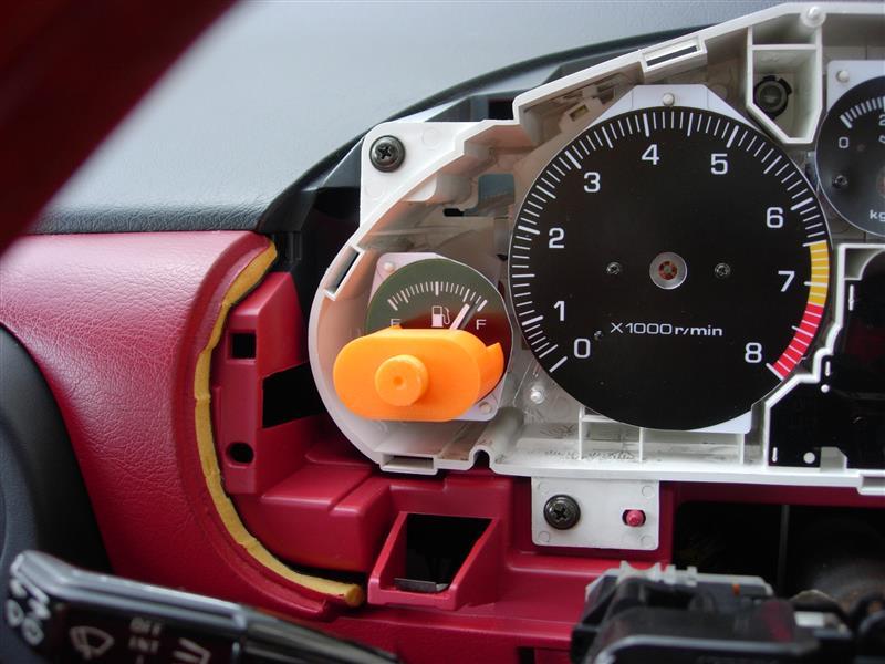 自作の文字盤に交換 油圧計が動かない
