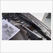 Auto Exe ボンネットダンパー取り付け 4の画像