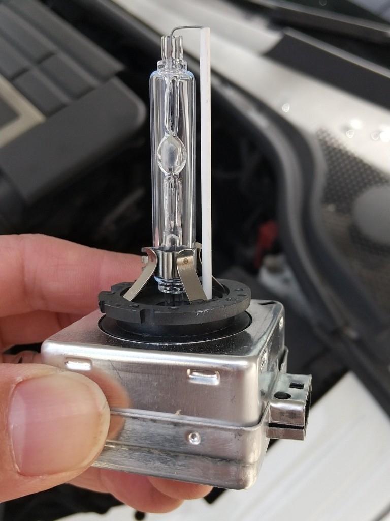 HIDのローライトが切れたので交換しました。