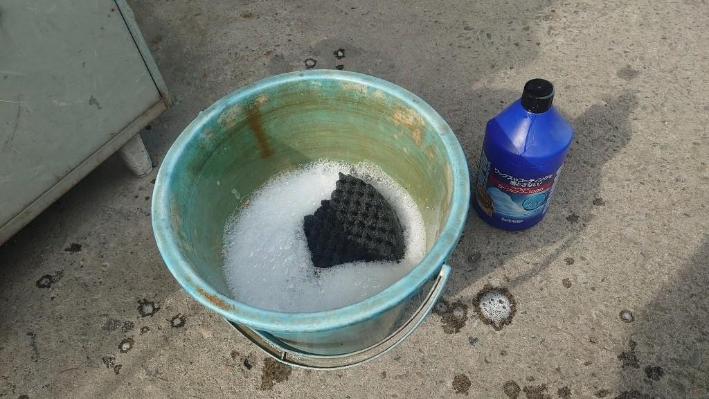 オフ会に向けて車内清掃、ボディー洗車、ボディーコーティング、タイヤワックス