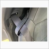 シートベルトストラップの異音対策の画像