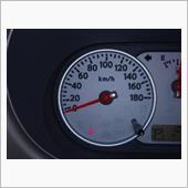 シートベルト警告灯 半点灯する?の画像