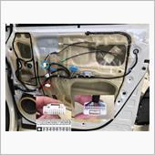 ZRR70W 70系ヴォクシー ドアミラー自動格納ユニット取り付け(本体取り付け)の画像