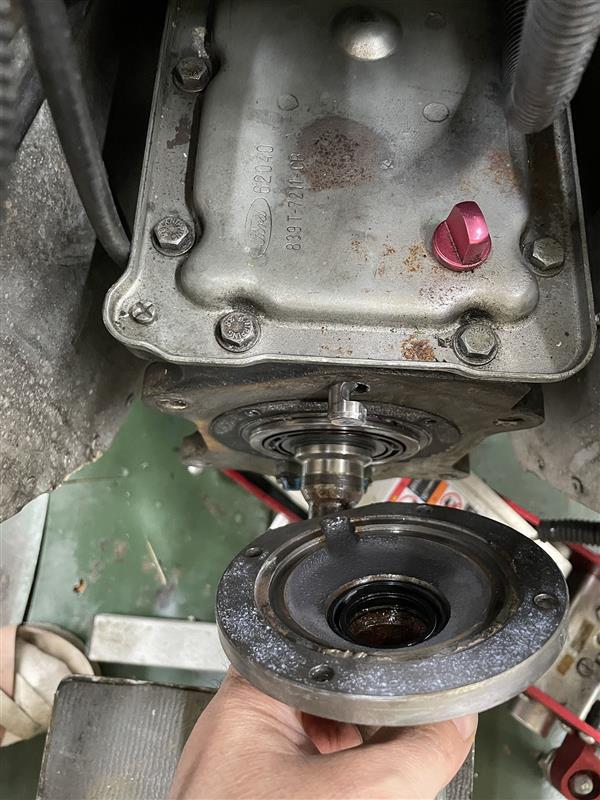 エンジン降ろしてクラッチその他の整備(4)