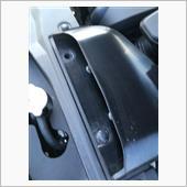 インテークダクトのプッシュリベットの画像