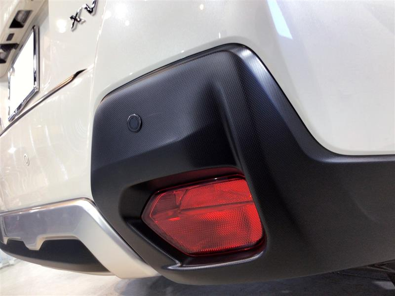 スバルのコンパクトクロスオーバーSUV『XV』にガラスコーティング施工【リボルト大阪北】