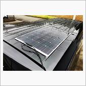 ソーラーパネルとサードバッテリー設置の画像