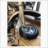 タイヤ交換とフォークダストシール交換の画像