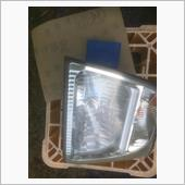 ヘッドライト黄ばみ補修の画像