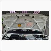 洗車(ボンネット裏及びエンジンルーム)
