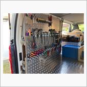 ⑦荷室部 壁掛収納・部材用ラック完成及び材料積み込み