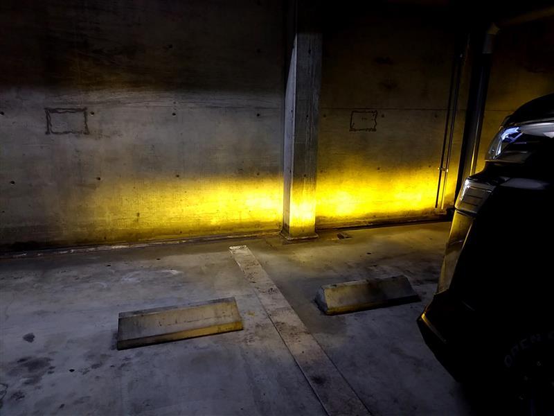 AYH30W ヴェルファイアハイブリッド フォグランプ交換 からの灯体比較♪