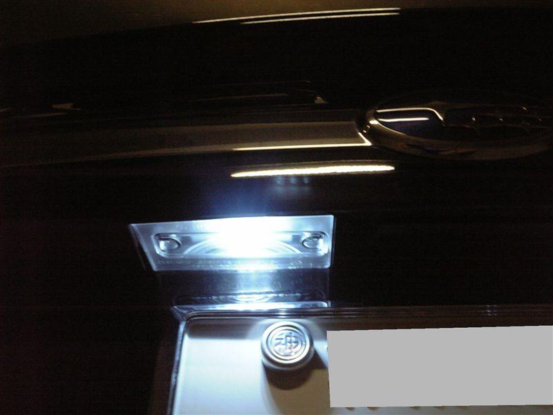 FluxLED工房 Sain 3連C リアナンバーランプ