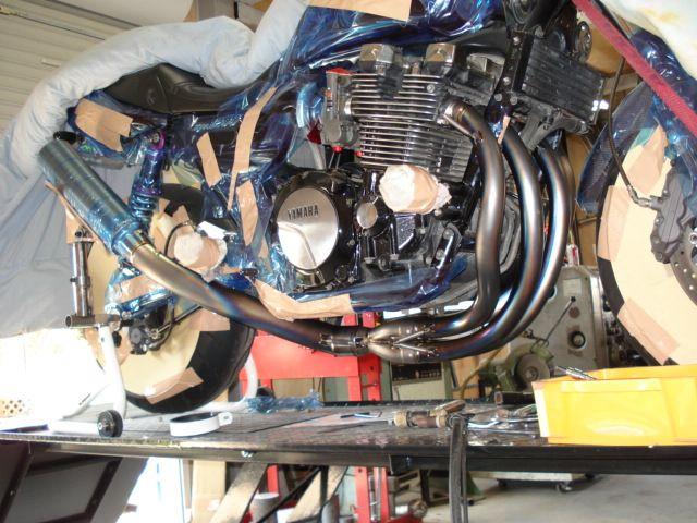 XJR1200Explosion Power Exhaustsystems ワンオフチタンマフラーの単体画像