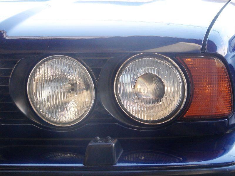 5シリーズ セダンBMW純正 北米仕様ヘッドライトの単体画像