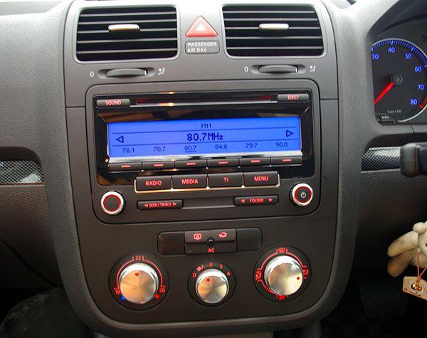 VW純正 RCD310(CDオーディオ)