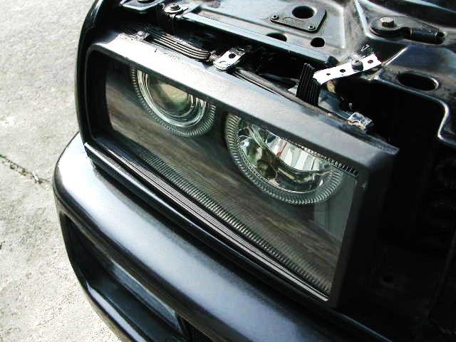 コラード自作 社外E36用イカリングヘッドライトの単体画像