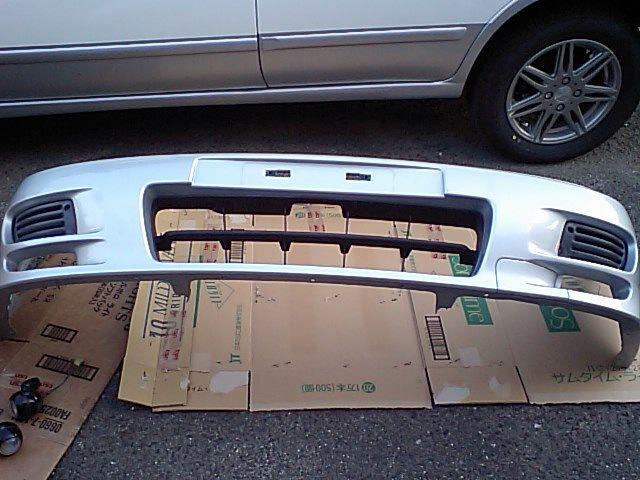 パルサーセリエS-RV日産 GTI純正バンパーの単体画像