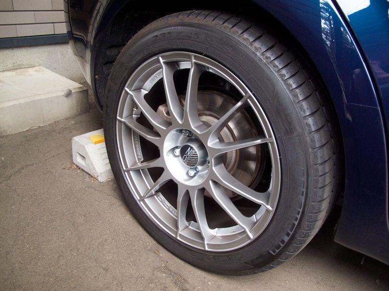 159 スポーツワゴンO.Z RACING ULTRALEGGERAの単体画像