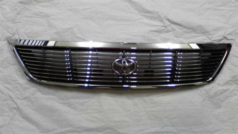 プロナードトヨタ純正 オプショングリルの単体画像