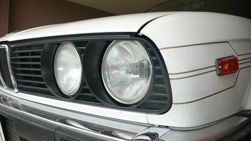 その他BMW E34純正 ヘッドライトリング(メッキ)の単体画像