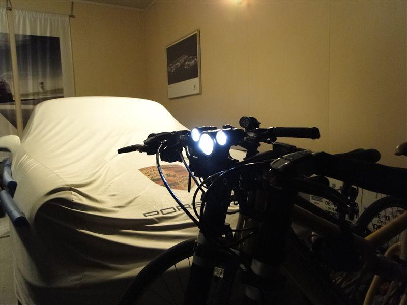 その他MAGICSHINE MJ-816 MJ-816 16W BicycleLightの単体画像