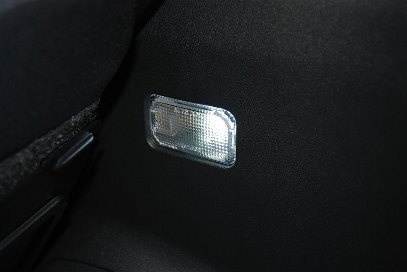 Sain製 カーゴルーム球LED 6連C