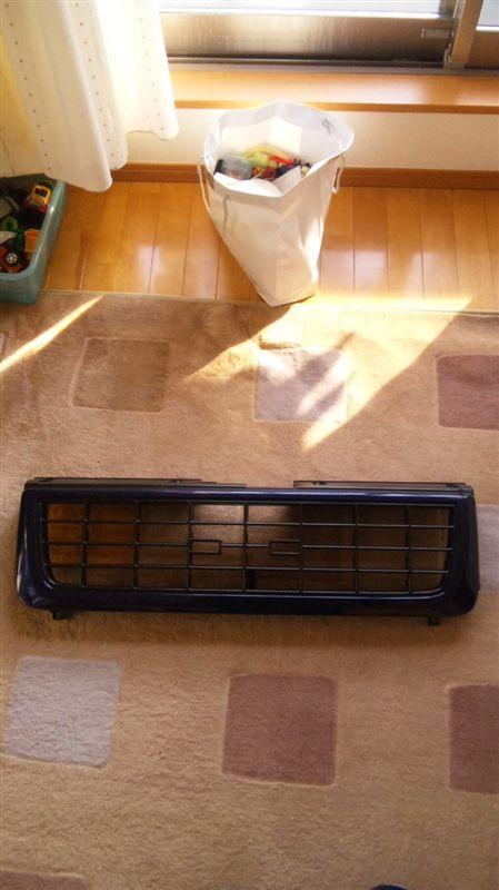 ビッグホーンイスズ フロントグリルの単体画像