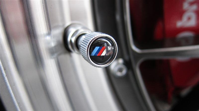 BMW純正 VALVE STEM CAPS