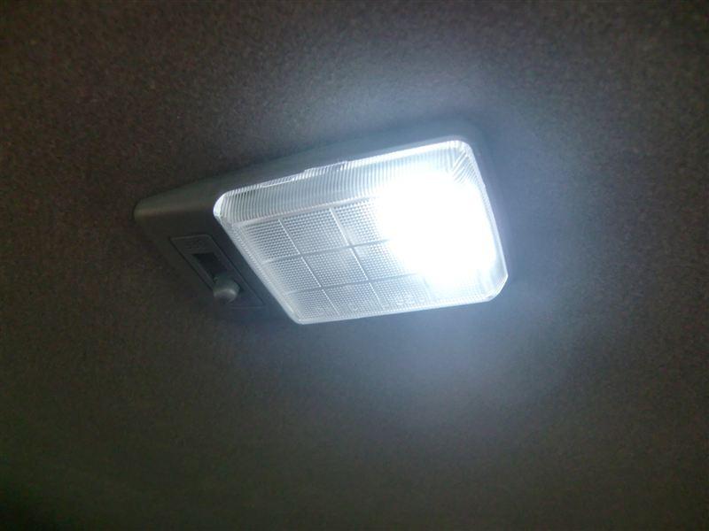 不明 12連LED