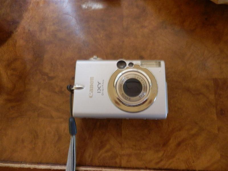 OLYMPUS デジタルカメラ SZ-20