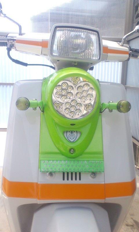 ジャイロUP自作 LED ヘッドライトの単体画像