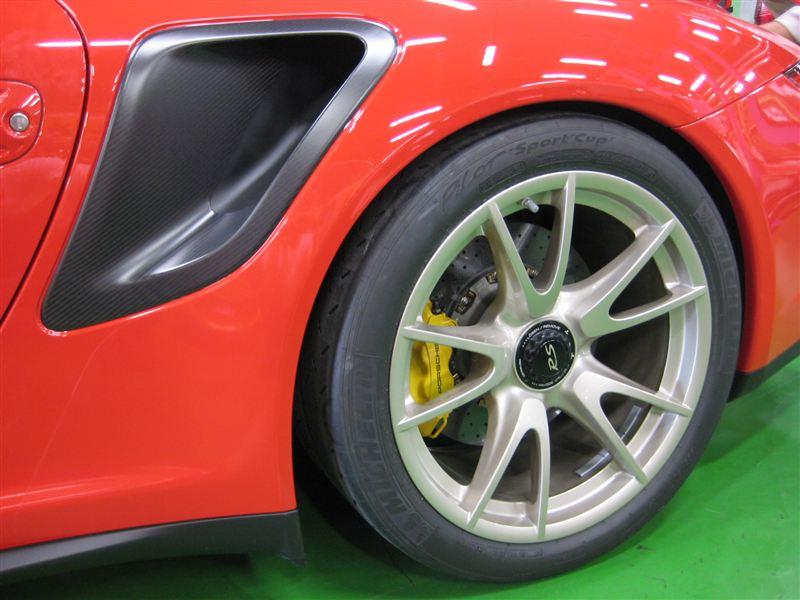 ポルシェ純正 GT2用ドライカーボンエアインレット