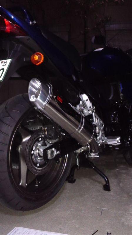 バンディット1250Fヨシムラ ヨシムラスリップオンマフラーの単体画像