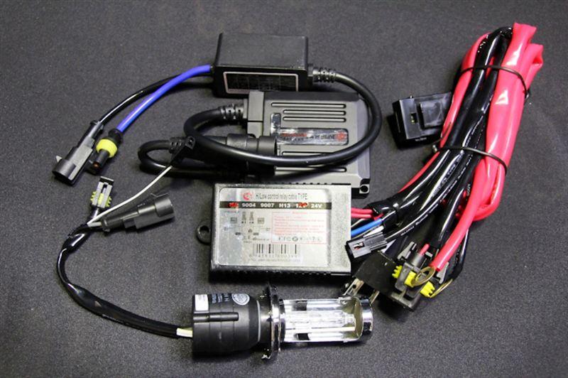ZRX1200Rノーブランド HID H4 Hi/Lo 35w 6000kの単体画像