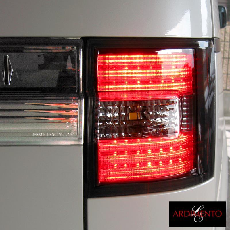 セルフトレーディング ARDIMENTO LED テールランプ スモーク
