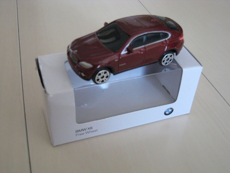 BMW 純正 X6 ミニチュアカー