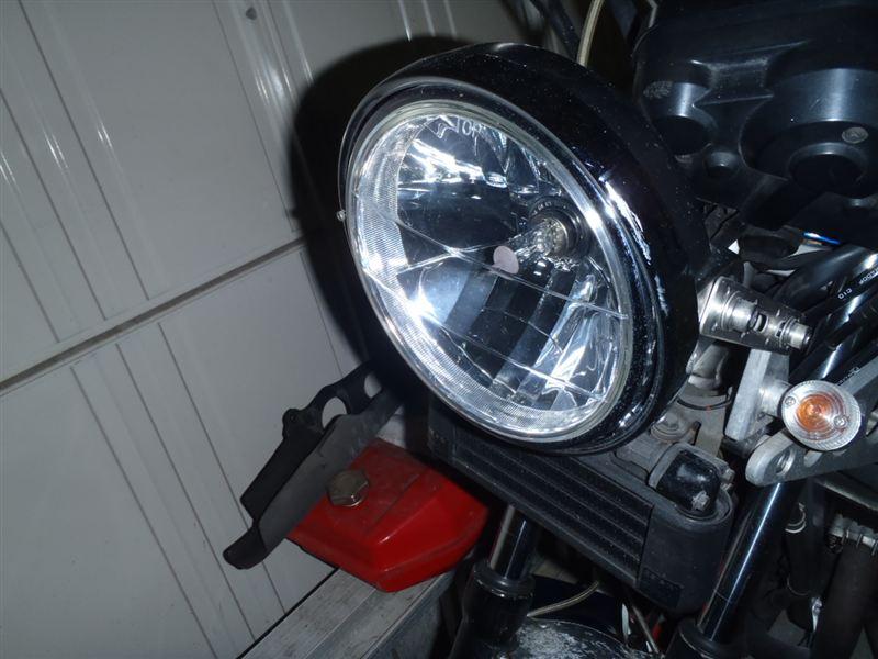 CBR400F不明 丸目ヘッドライトの単体画像