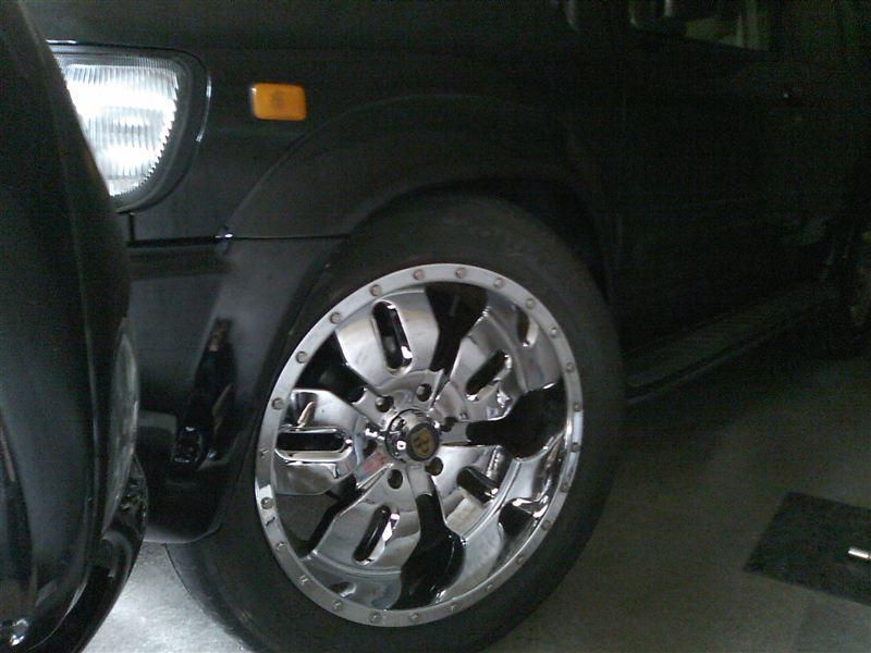 テラノレグラスLEXANI Vertec OffRoad Wheels V.P-OFFROADの単体画像