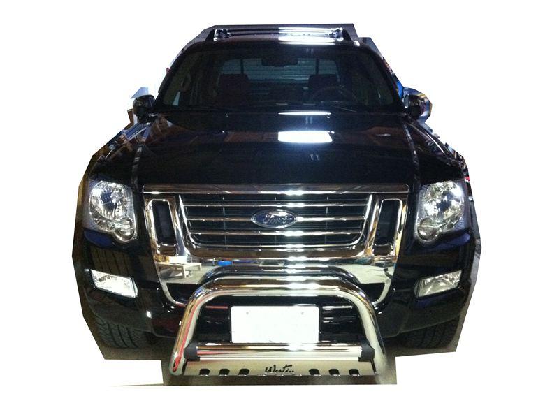 エクスプローラースポーツトラックWestin Westin Chrome Bull Bar の単体画像