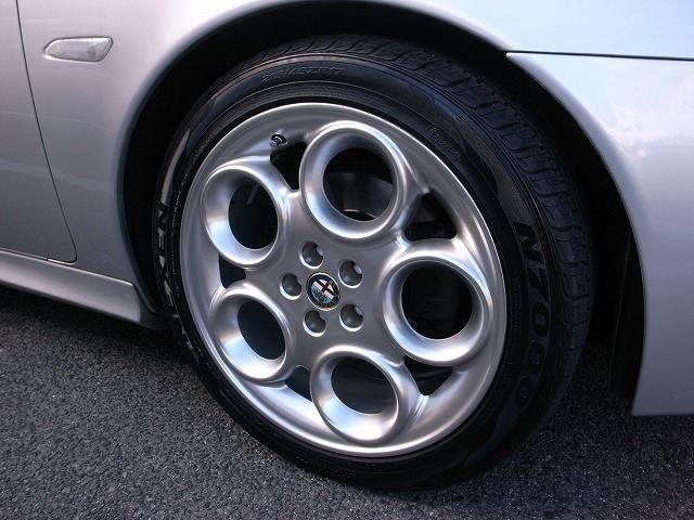 156スポーツワゴンAlfaromeo GTV-CUP ホイールの単体画像