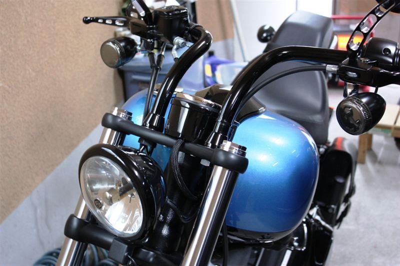 ソフテイル FXS ブラックラインKIJIMA ヘッドライトベゼル(ブラック)の単体画像