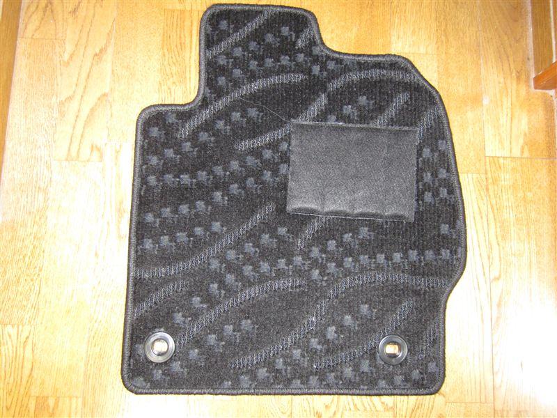フロアマット専門店オリジナル プリウス30系フロアマット 黒柄