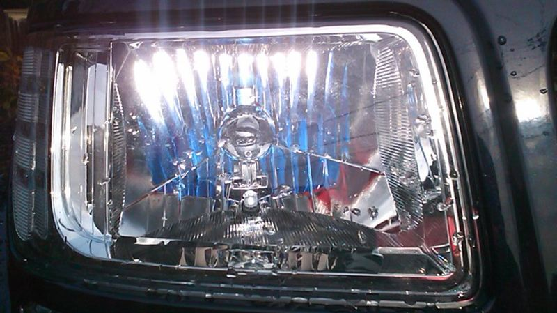 ナイトロメーカー・ブランド不明 ハロゲンとポジション球(LED)の単体画像