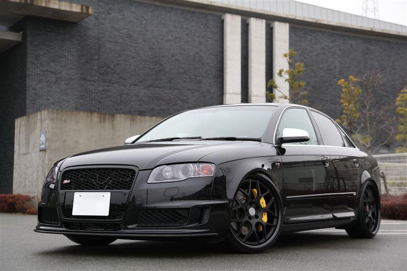 S4 (セダン)Audi純正(アウディ) DTM Edition フロントバンパーの単体画像