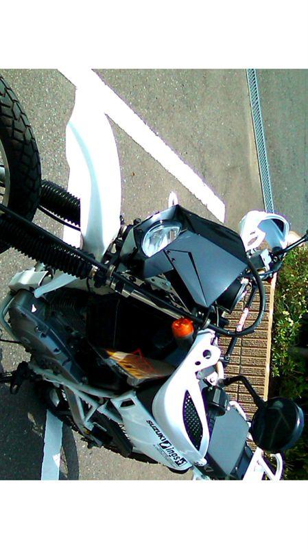 ジェベル200不明 ヘッドライトASSYの単体画像