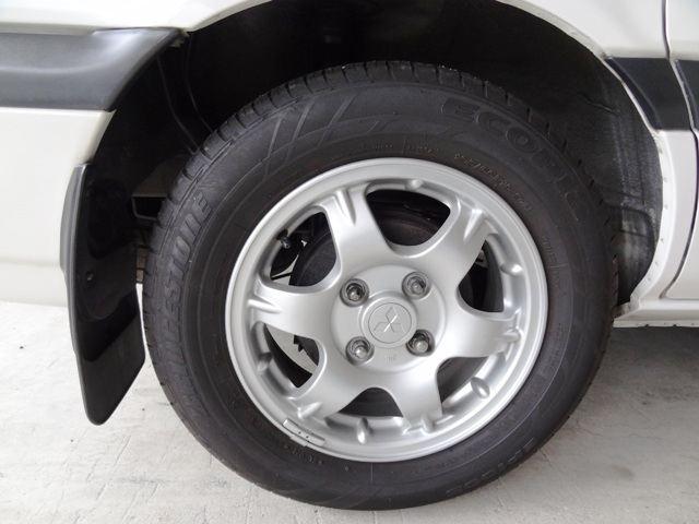 シャリオ三菱自動車純正 三菱純正アルミホイールの単体画像